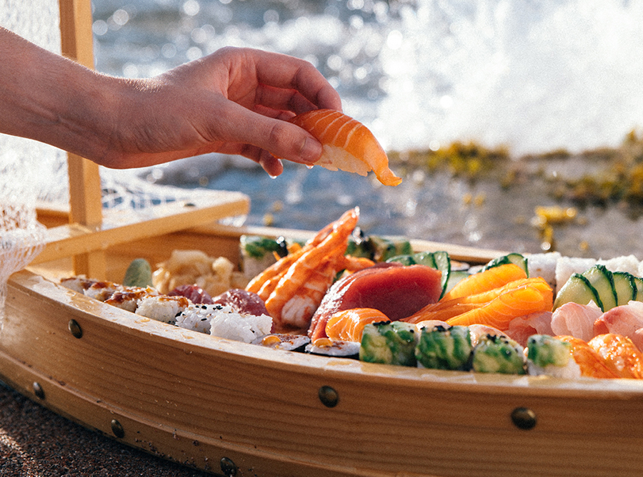 Mixed Boat Sushi Platter